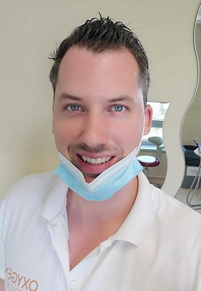 dr_papp_balint_fogorvos szájsebész